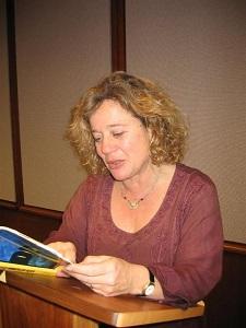 Nora Strejilevich klein